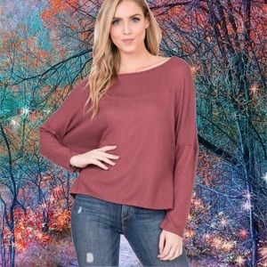 WAFFLE KNIT TOP RED BEAN